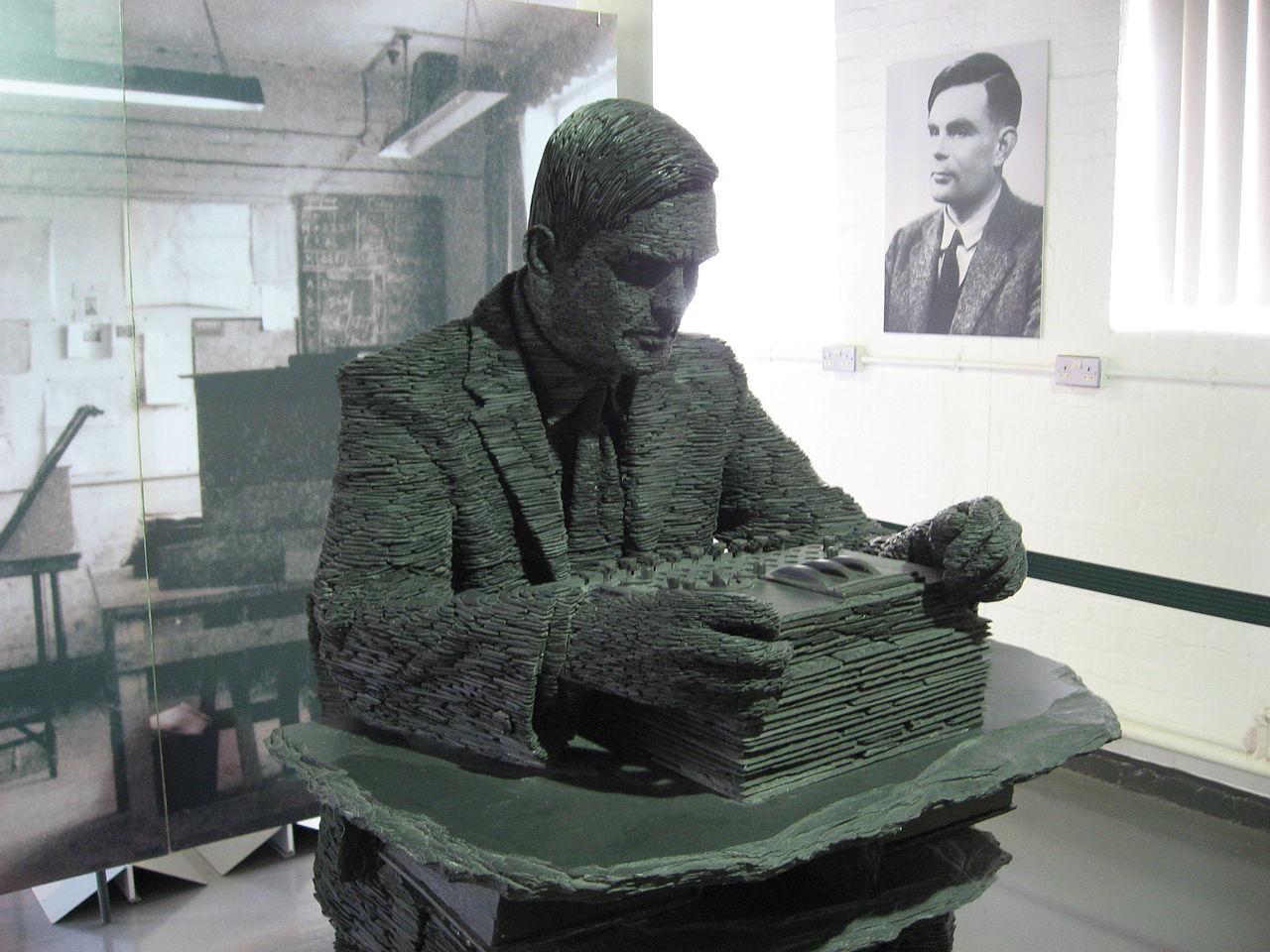 Alan Turing socha